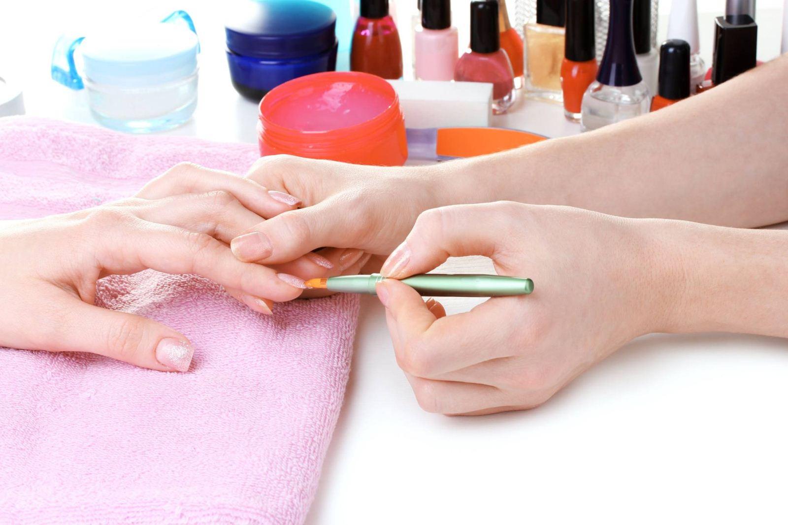 Huron Nails Spa Services, Huron Nails & Spa Services